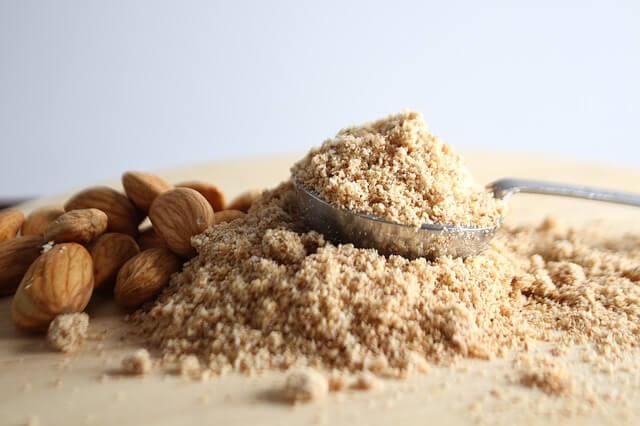 A mandula lisztet talán kevesek ismerik, mégis egy igazi csoda élelmiszerről beszélünk.